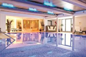 Bazén v hotelu Das Neuhaus, Saalbach