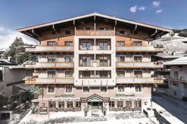Pohled na hotel Das Neuhaus v Saalbachu