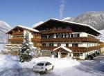 Rakouský hotel Schörhof v zimě